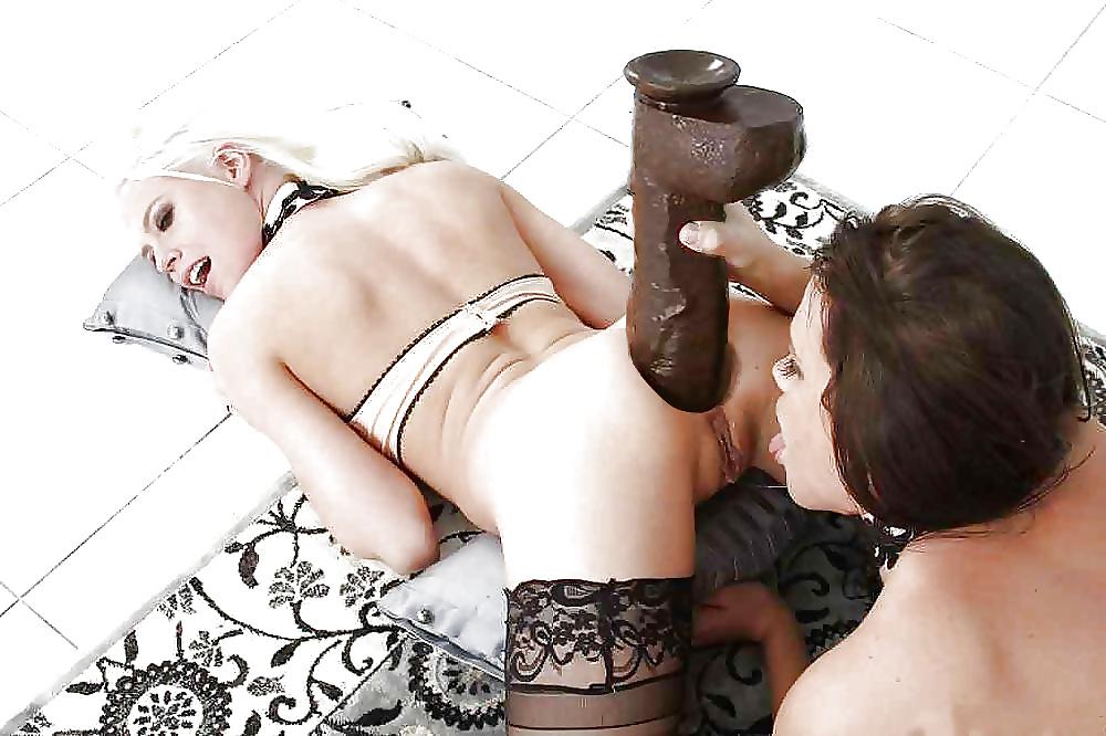 Одной в фото жопе порно дилдо 5